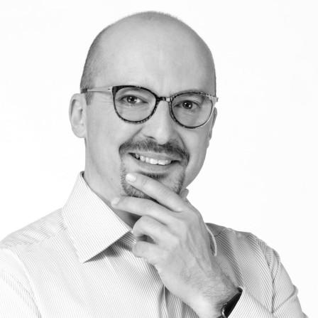Mgr. František Lukl, MPA, český politik, bývalý ministr pro místní rozvoj, starosta města Kyjov apředseda Svazu měst aobcí ČR
